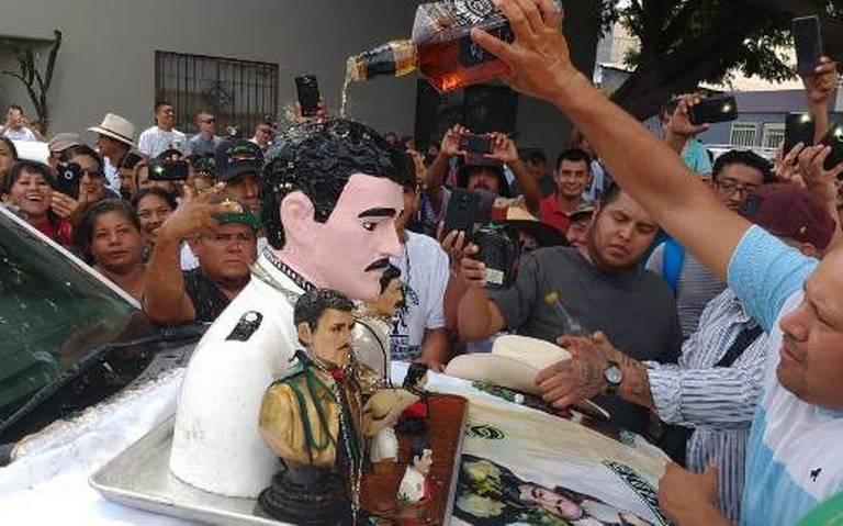 Jesus Malverde es adorado en todo México