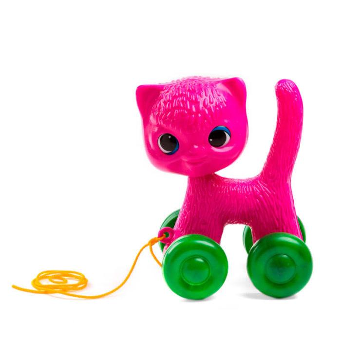 Gato con ruedas