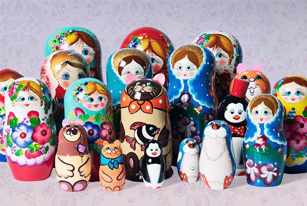 En Fantastik hay varios modelos de muñeca importadas de Nizhny Novgorod