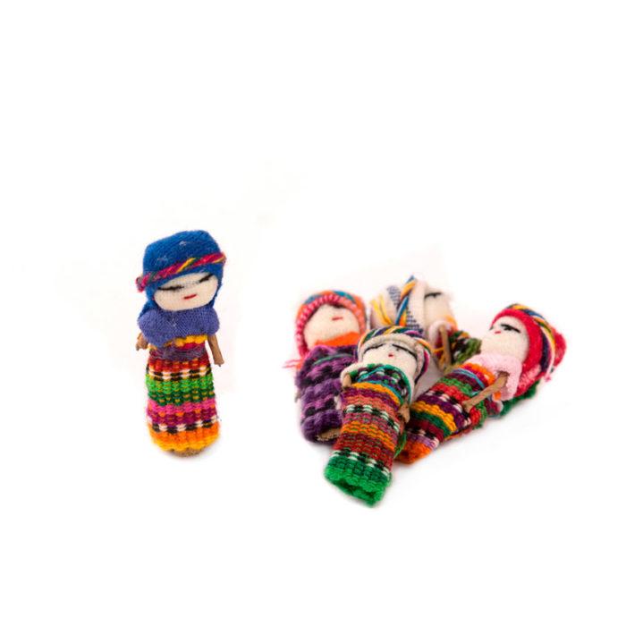 Muñeca quitapenas de Guatemala, artesanía popular guatemalteca.