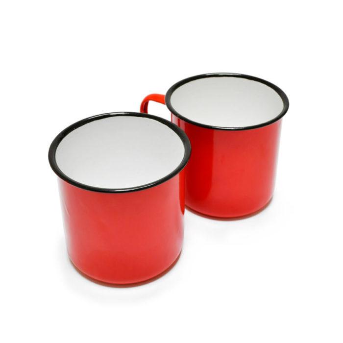 Taza esmaltada vintage roja