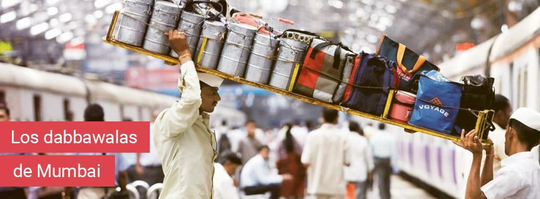 El servicio de entrega de los dabbawalas en Mumbai